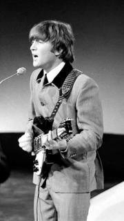 John_Lennon_1964_001_cropped.png
